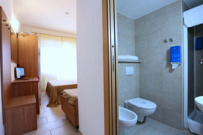Bagno + Camera Hotel in Abruzzo