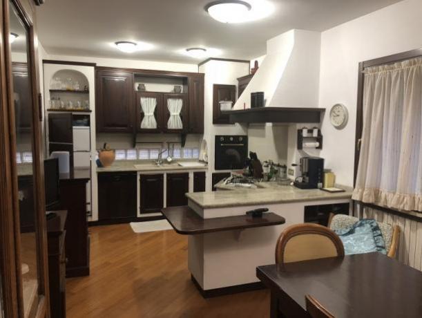 Villa vacanze a Perugia per Famiglia: Cucina attrezzata
