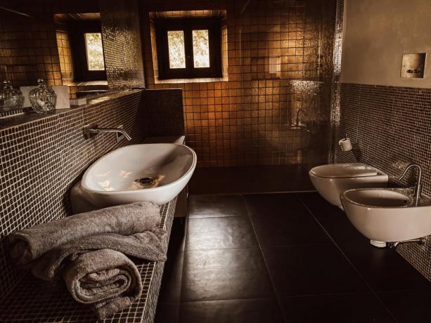 Villa lusso 4 bagni vacanze sul Lago Trasimeno