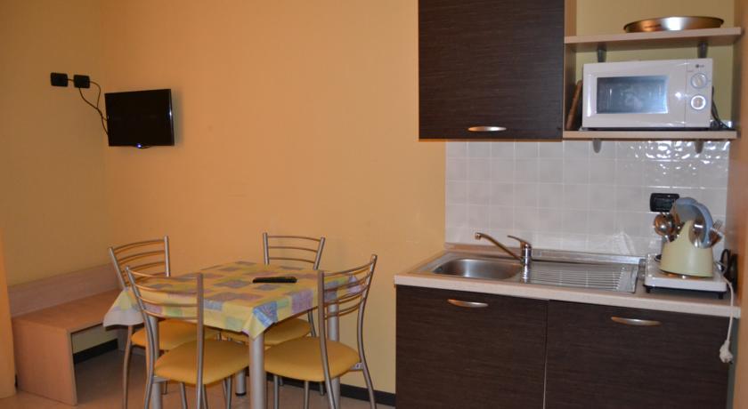 Appartamenti con Cucina Giardino vicino Mare Calabria