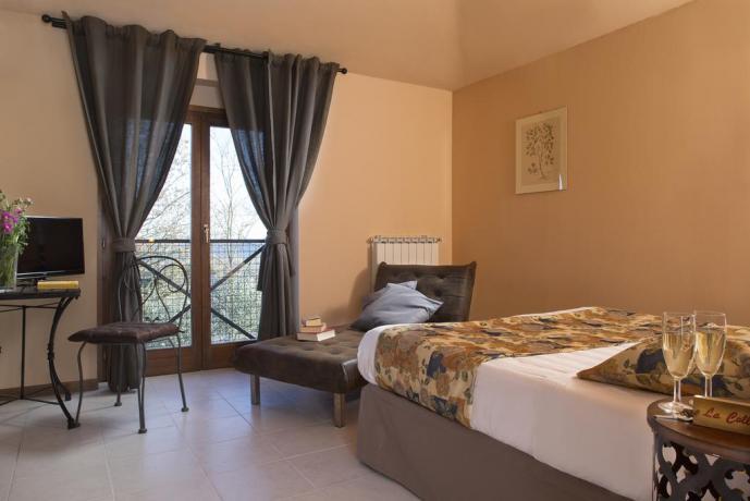Confortevoli camere vicino Todi in Umbria