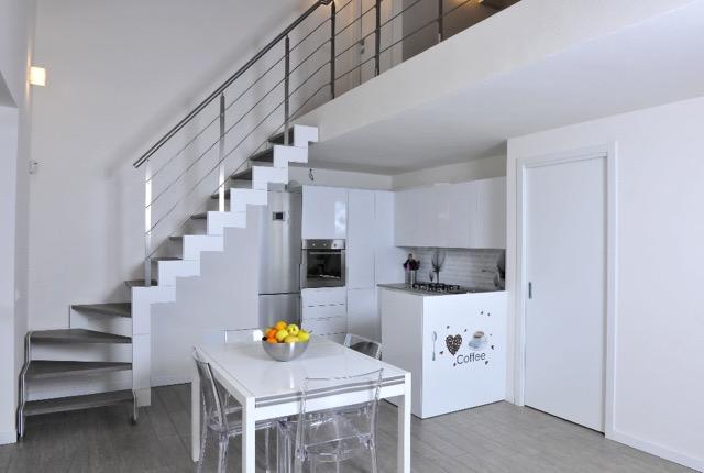 Progettazione e Realizzazione Scala Per interni, Umbria