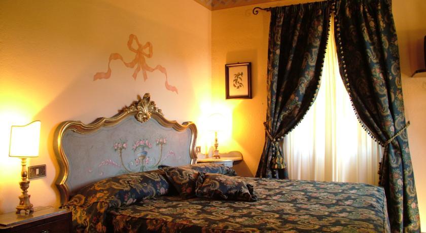 camera deluxealla residenza di campagna Cortona
