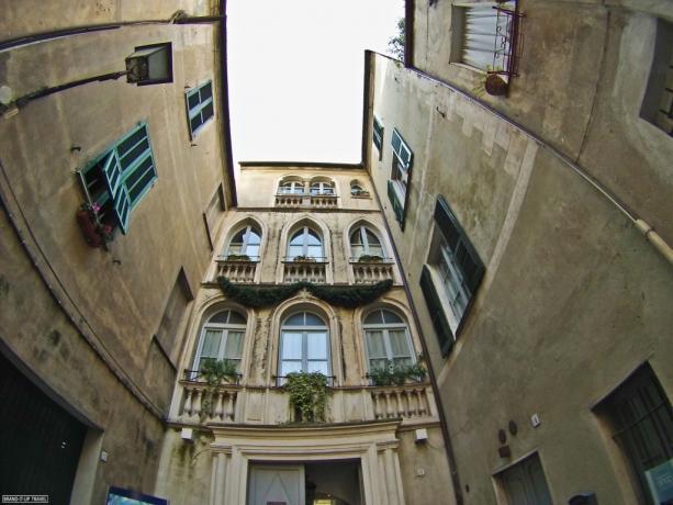 Facciata Il Borgo Medievale B&B