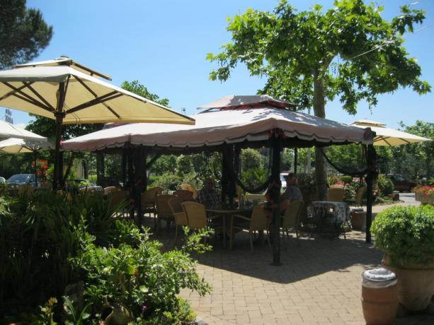 Veranda giardino hotel a Chiusi