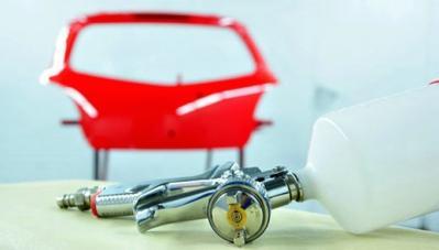 Riparazioni auto e verniciatura con garanzia a vita