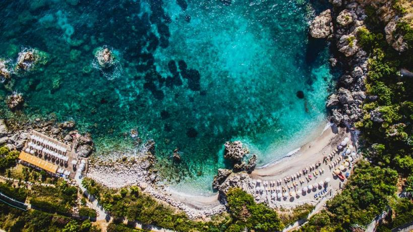 Splendido mar Mediterraneo a pochi mt dal Resort
