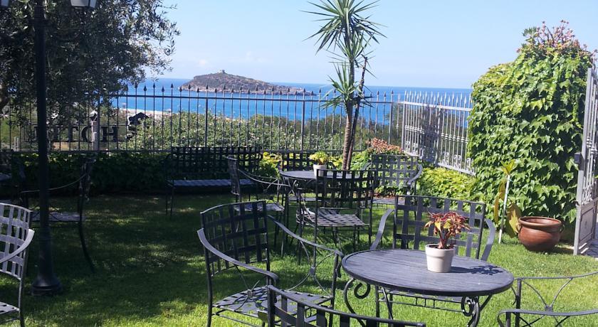 Giardino vista isola Cirella Relais***S di Charme