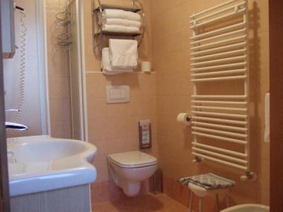 Bagno in camera, Hotel Trentino