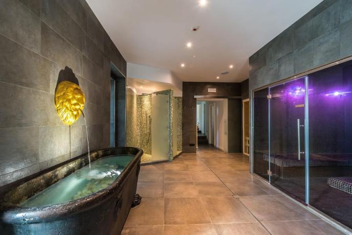 Resort vicino Gualdo con Centro Benessere in esclusiva