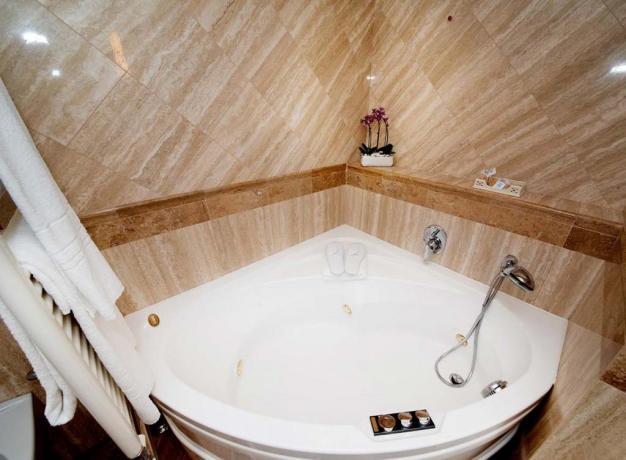 Suite con vasca idromassaggio per coppie
