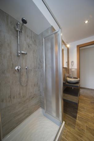 Bagno privato appartamento-vacanze Bardonecchia con biancheria