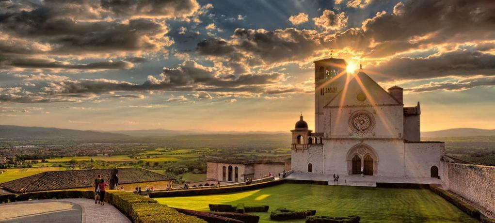 Basilica San Francesco di Assisi Foto spettacolare
