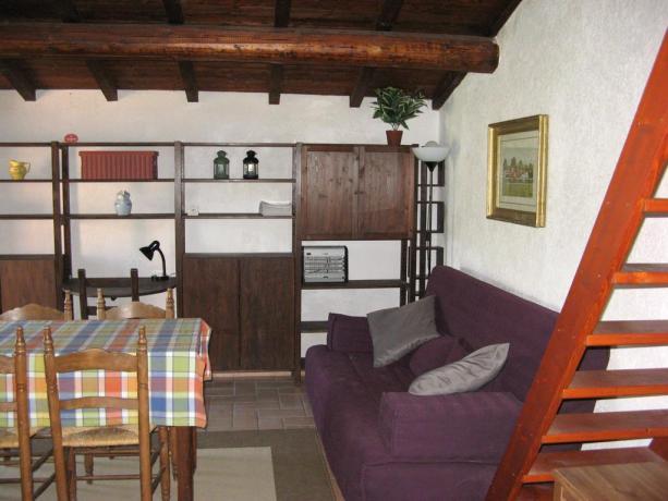 Casa in Abruzzo, con cucina e divano letto