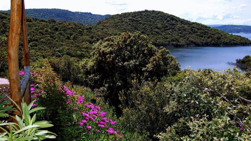 Appartamenti con vista Lago Liscia in Sardegna