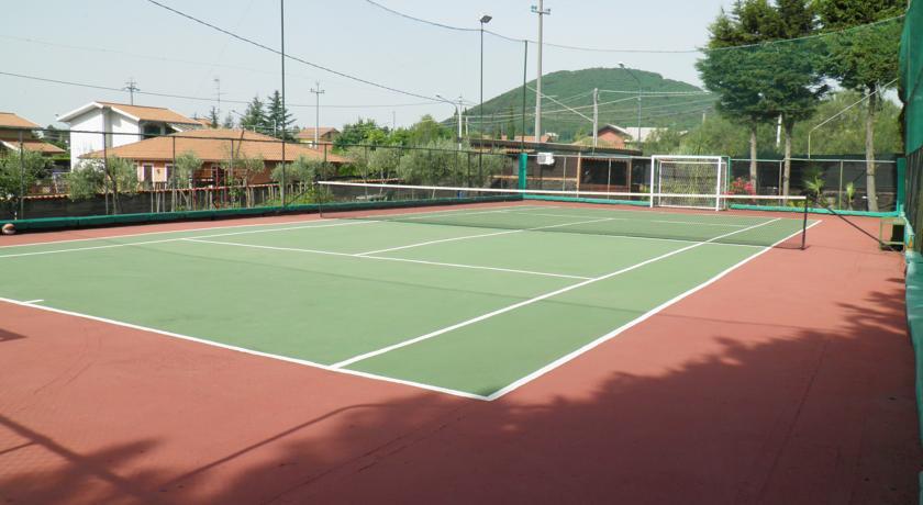 B&B con Palestra e Campo da Tennis Nicolosi