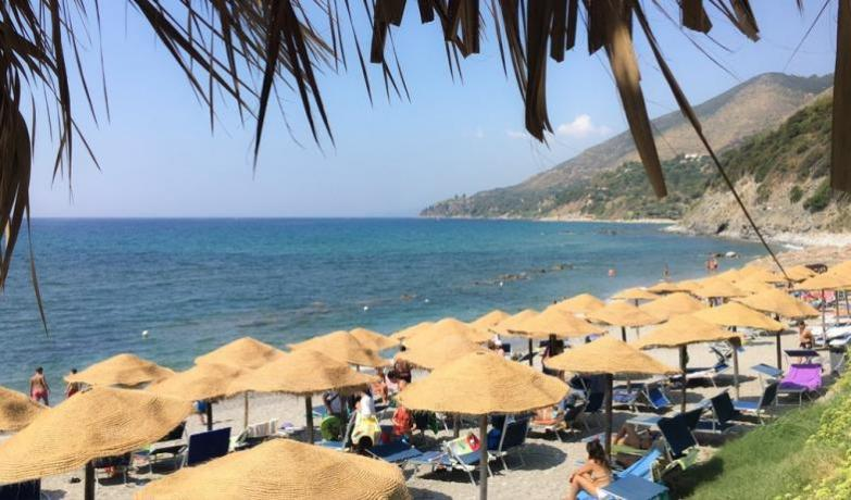 Villaggio con Spiaggia Privata a Caprioli di Pisciotta