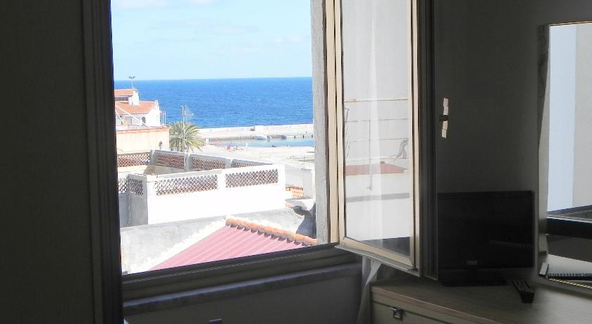 camere con vista mare vicino a Cagliari
