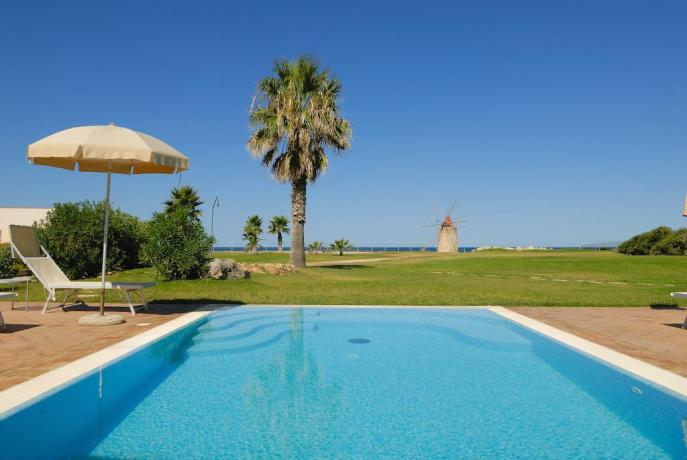 Albergo-Resort 4 stelle con Piscina vicino Erice