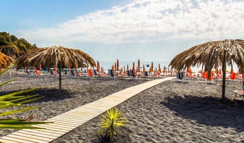 Arcella Village 4 Stelle-Spiaggia Privata