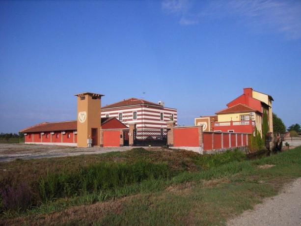 Tenuta di Campagna in Monferrato a Vercelli