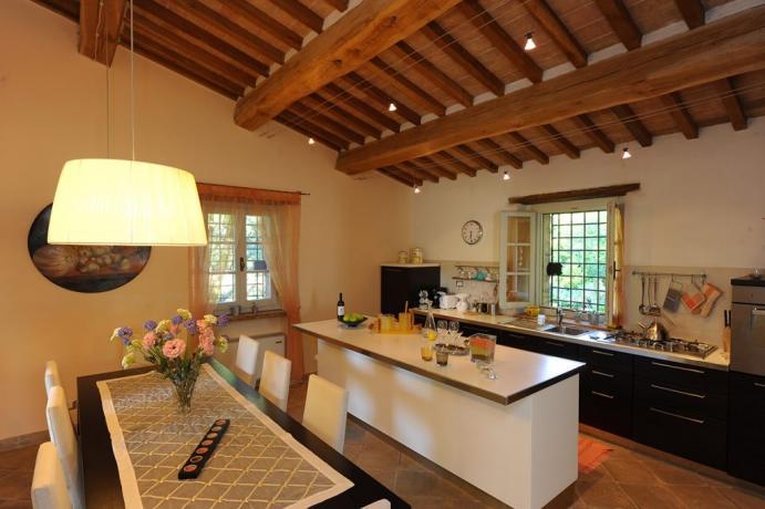 Agriturismo Umbria con piano cottura e tavolo