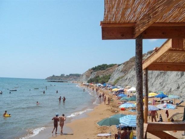Spiaggia privata naturista