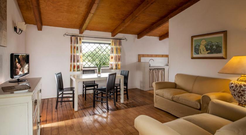 Appartamento Casale vicino Lago Bracciano Roma