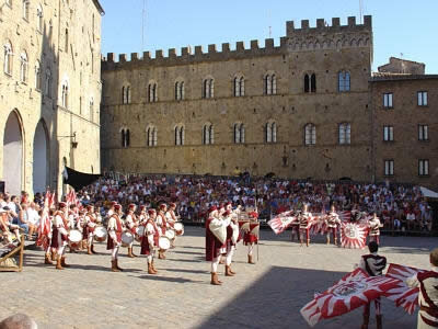 Inexpensive Hotels in The Centre of Volterra
