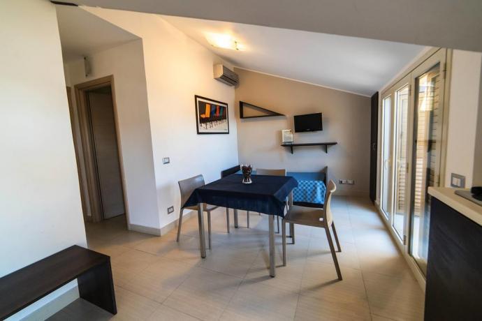 Appartamenti per Gruppi con Cucina Bagno Privato-Villagonia