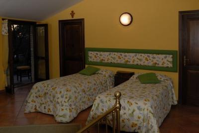 Camera quadrupla con terrazzo