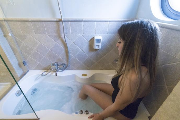 Bagno con idromassaggio in hotel vicino Lecce