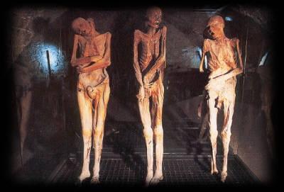 mummie-ferentillo-grotte-terni-umbria