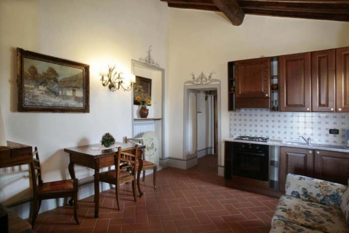 appartamento vacanze Giglio 3posti letto cucina abitabile Capolana-Arezzo
