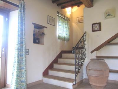 Appartamento 5 camere al piano superiore