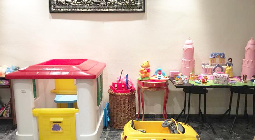 Albergo a Montecatini con area giochi per Bambini