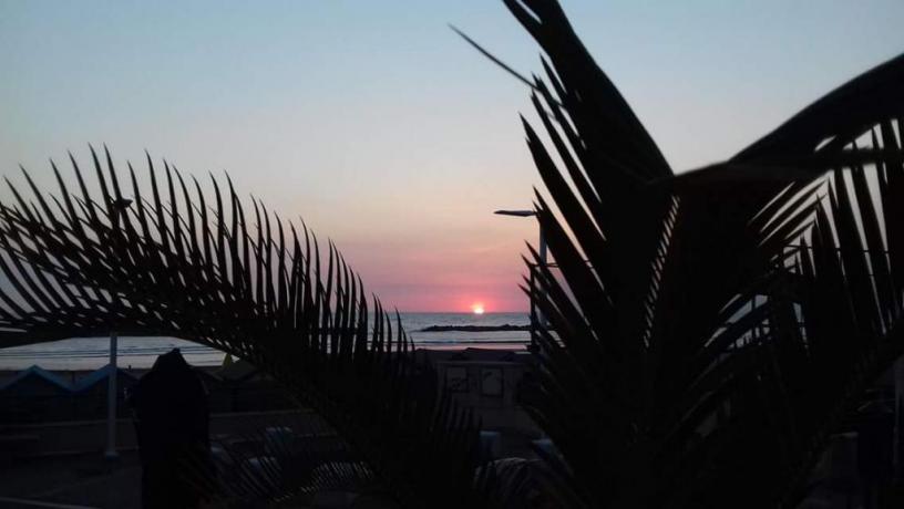 Vista tramonto mare dall'hotel di Pesaro
