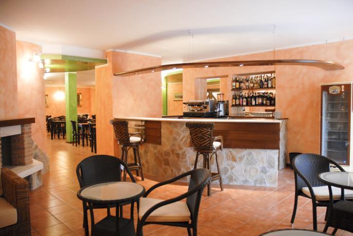 Sala bar hotel Parco Nazionale d'Abruzzo ad Alfedena