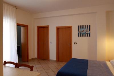 Appartamento monolocale spazioso con balcone
