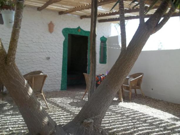 Villaggio a Lampedusa con ampio spazio esterno