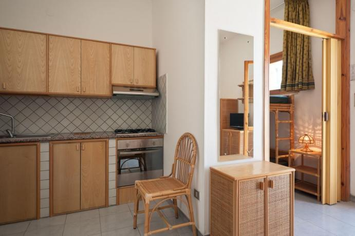 Residence con Appartamenti e Piscina vicino Ugento