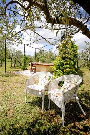 Melograno area relax con sedie