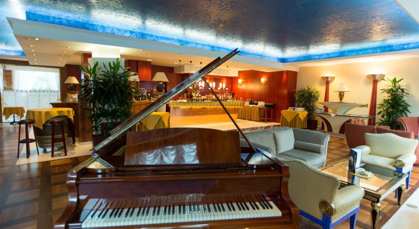 A Pomezia Hotel 4 stelle
