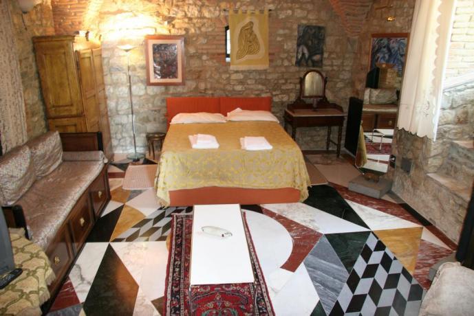 Suite Gialla relais Calenzano vicino Prato