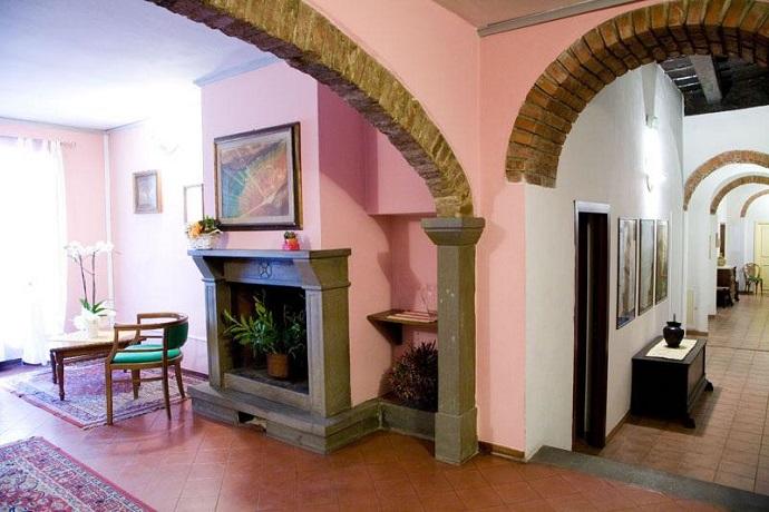 Hall Albergo a Camaldoli