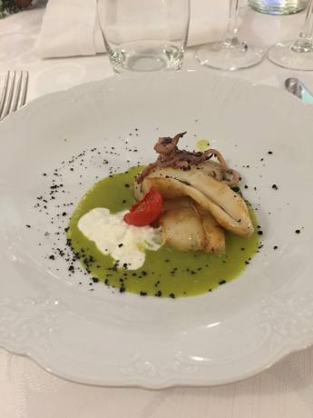 Ristorante interno, hotel a Salerno, piatto tipico