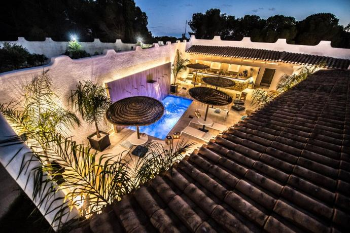 In Sardegna Piscina-Idromassaggio: Lifestyle Hotel con Lounge Bar