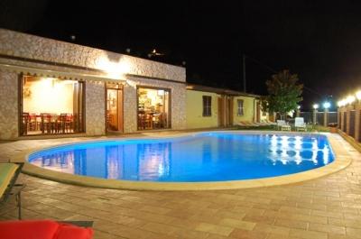 Agosto e ferragosto nelle citt d 39 arte umbre offerte hotel for Hotel ad asiago con piscina