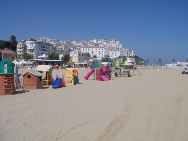 Spiaggia attrezzata per Bambini a Rodi