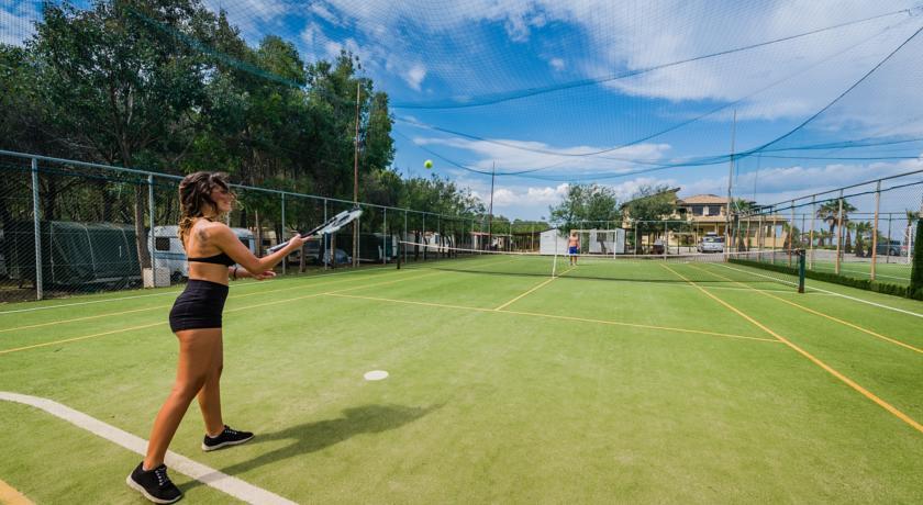 Villaggio in Calabria con Campi da calcio, tennis